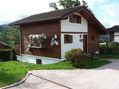 Vakantiehuis met zwembad in Lotharingen in Le Thillot (Frankrijk)