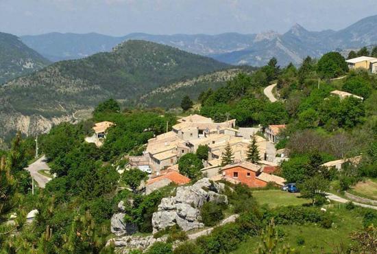 Ferienhaus in  La Roche-sur-le-Buis, Provence-Côte d'Azur - Le Poët-en-Percip