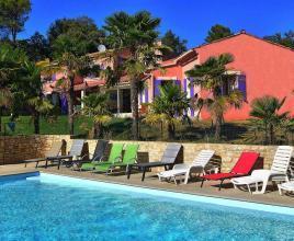 Vakantiehuis in Vaison-la-Romaine met zwembad, in Provence-Côte d'Azur.