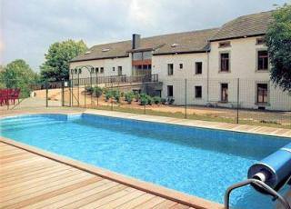 Ferienhaus in Houffalize mit Pool, in Ardennen.