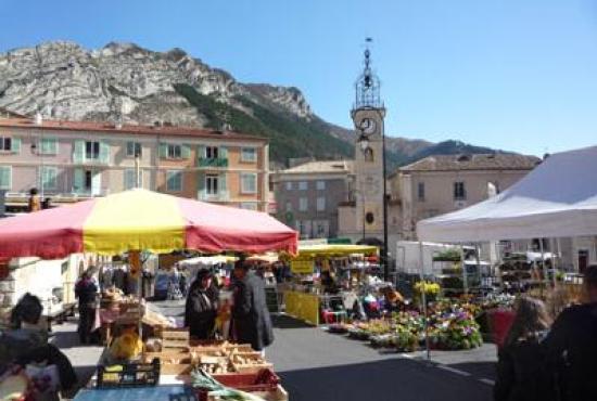 Location de vacances en Sisteron, Provence-Côte d'Azur - Marché de Sisteron