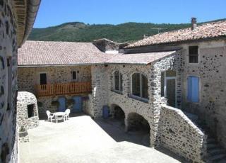 Vakantiehuis in Aubignas met zwembad, in Provence-Côte d'Azur.