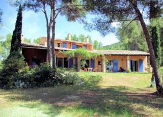 Vakantiehuis in Ventabren met zwembad, in Provence-Côte d'Azur.