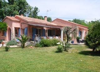 Vakantiehuis met zwembad in Provence-Côte d'Azur in Eyguières (Frankrijk)