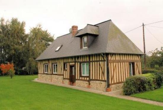 Holiday house in Ablon, Normandy - House and garden