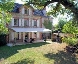 Vakantiehuis met zwembad in Dordogne-Limousin in Collonges-la-Rouge (Frankrijk)