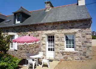 Vakantiehuis in Ploubazlanec aan zee, in Bretagne.
