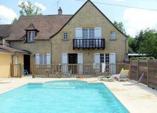 Villa met zwembad in Dordogne-Limousin in Saint-Vincent-de-Cosse (Frankrijk)