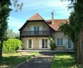 Ferienhaus in Saint-Vincent-de-Cosse mit Pool, in Dordogne-Limousin.