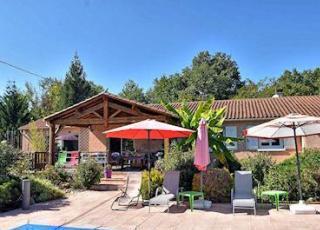 Villa met zwembad in Dordogne-Limousin in Marsaneix (Frankrijk)