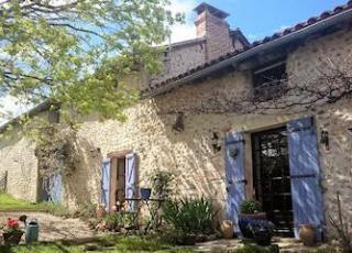 Vakantiehuis in Claviéras met zwembad, in Dordogne-Limousin.