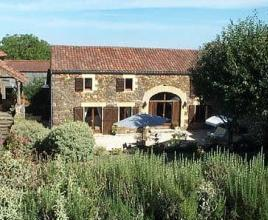 Holiday house with pool in Dordogne-Limousin in Saint-Laurent-la-Vallée (France)
