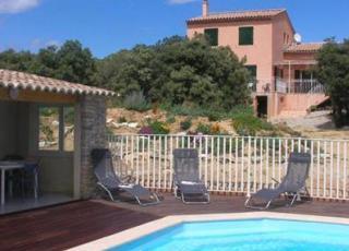 Vakantiehuis in Roche-Saint-Secret met zwembad, in Provence-Côte d'Azur.