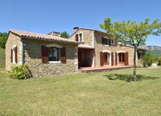 Vakantiehuis in Soyans met zwembad, in Provence-Côte d'Azur.
