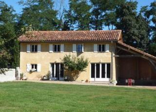 Vakantiehuis in Bouzon-Gellenave met zwembad, in Midi-Pyrénées.