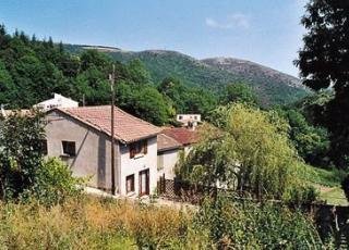 Vakantiehuis in Languedoc-Roussillon in Peyrefiche (Frankrijk)