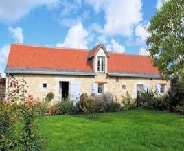 Ferienhaus in Draché mit Pool, in Centre