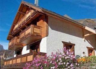 Vakantiehuis in Venosc met zwembad, in Alpen.