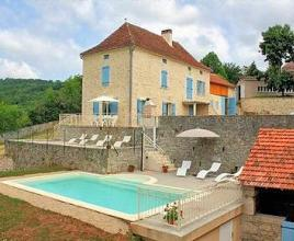 Holiday house in Tour-de-Faure with pool, in Dordogne-Limousin.