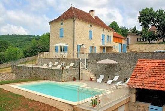 Vakantiehuis in Tour-de-Faure, Dordogne-Limousin - Huis en zwembad