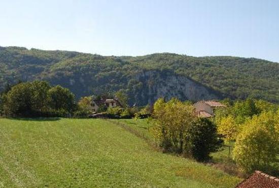 Vakantiehuis in Tour-de-Faure, Dordogne-Limousin - Uitzicht vanaf het terrein