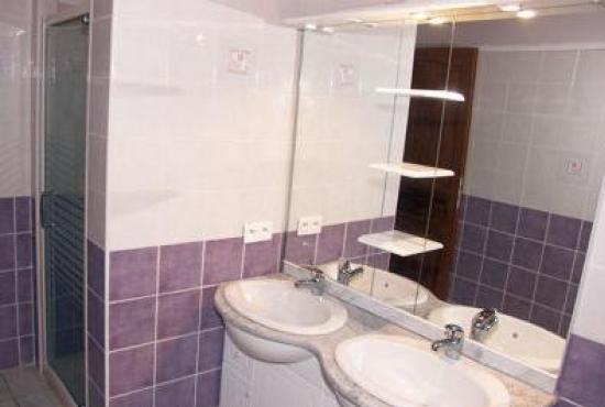 Holiday house in Tour-de-Faure, Dordogne-Limousin - Bathroom