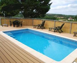 Holiday house in Saint-Paul-de-Loubressac with pool, in Dordogne-Limousin.
