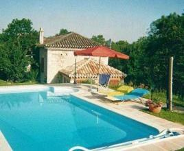 Holiday house in Fargues with pool, in Dordogne-Limousin.