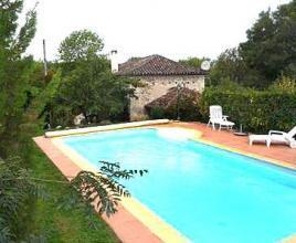 Casa vacanze con piscina in Fargues, in Dordogne-Limousin.