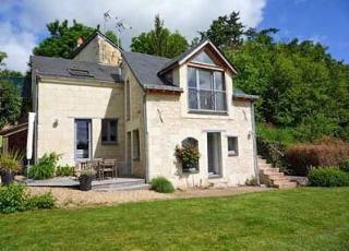 Vakantiehuis in Gennes, in Loire.
