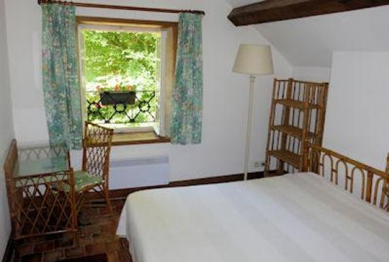 Holiday house in Héry, Burgundy - Bedroom