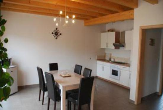 Holiday house in Nothalten, Alsace - Dining aerea and kitchen