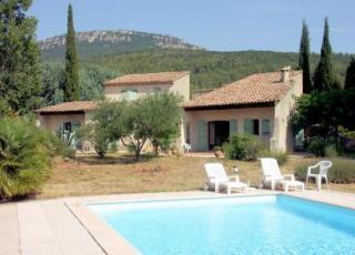 Vakantiehuis met zwembad in Provence-Côte d'Azur in Cuers (Frankrijk)