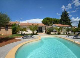 Holiday house with pool in Provence-Côte d'Azur in Le Muy (France)