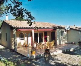 Casa vacanze con piscina in Gonfaron, in Provence-Côte d'Azur.