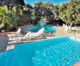 Location de vacances avec piscine à Gonfaron, Provence-Côte d'Azur.