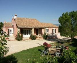 Villa met zwembad in Provence-Côte d'Azur in Apt (Frankrijk)