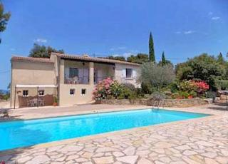 Holiday house with pool in Provence-Côte d'Azur in Entrechaux (France)