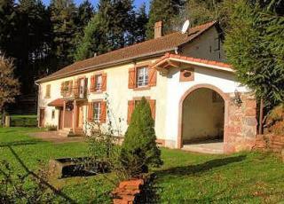 Vakantiehuis in Lotharingen in Le Saulcy (Frankrijk)