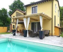 Vakantiehuis met zwembad in Toscane in Serrapiana (Italië)