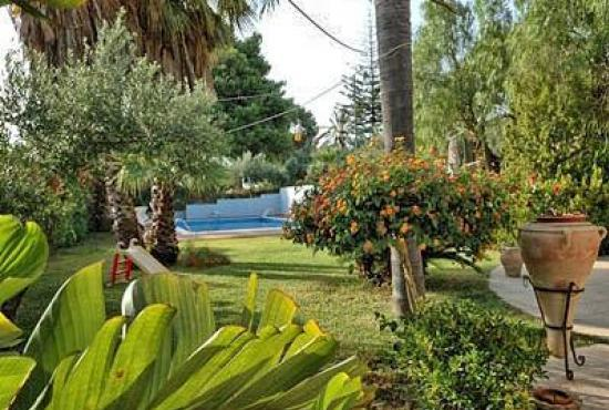 Location de vacances en Trappeto, Sicile - Jardin et piscine