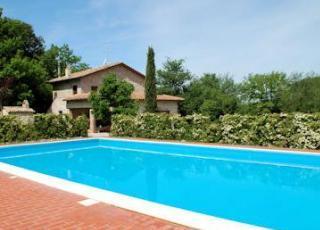 Villa met zwembad in Umbrië in Montecchio (Italië)