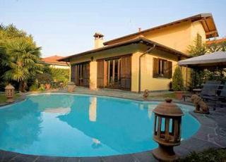 Location de vacances avec piscine à Biganzolo, Piemonte.