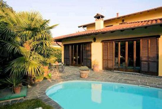 Vakantiehuis in Biganzolo, Piemonte - Huis met zwembad