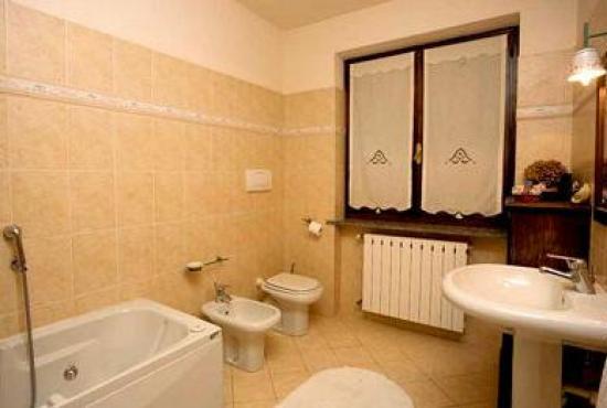 Vakantiehuis in Biganzolo, Piemonte - Badkamer