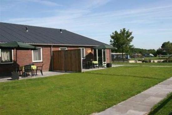 Vakantiehuis in Luttenberg, Overijssel - De twee vakantiewoningen