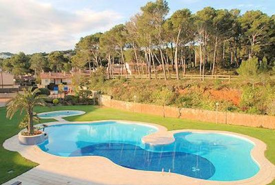 Holiday house in Pals, Costa Brava - Communal Pool