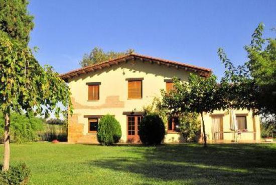 Vakantiehuis in Vilobi d'Onyar, Costa Brava - Huis en tuin