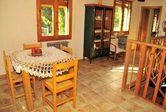 Holiday house in Vilobi d'Onyar, Costa Brava - Landing