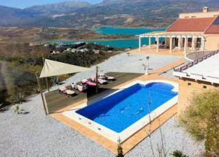 Villa with pool in Costa del Sol in Los Romanes (Spain)